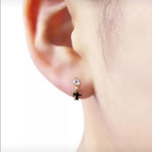 14K cross stud earrings small